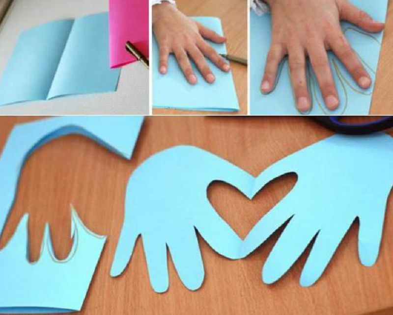 открытка ладошки голубые