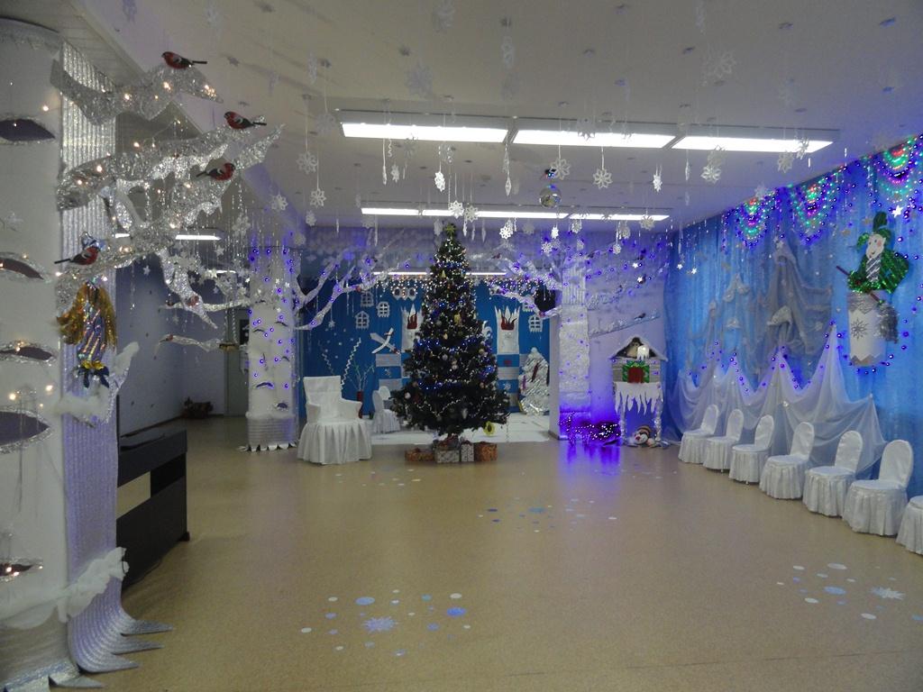 фото новогоднего фойе залов время